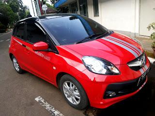 Modifikasi Honda Brio Merah