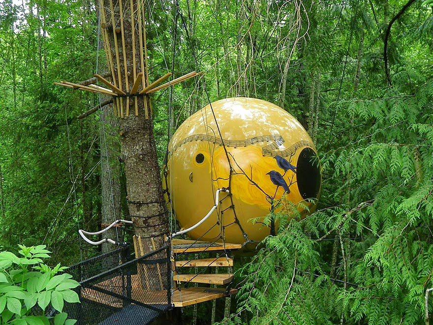 9. Free Spirit Spheres, Canada - 26 Of The Coolest Hotels In The Whole Wide World