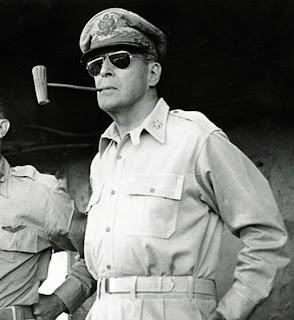 """General Douglas McArtur. """"THE GENERAL"""" edição limitada de aniversário de 50  anos da marca um item de colecionador ... 3a2d445c64"""