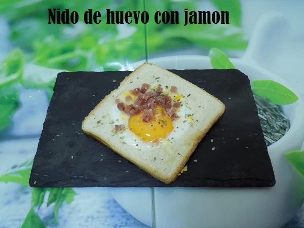 nido de huevo con jamon