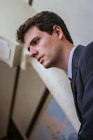 advogado consegue danos morais contra avon revendedora