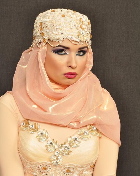 harim soltan belles robes pour mariage islamique. Black Bedroom Furniture Sets. Home Design Ideas