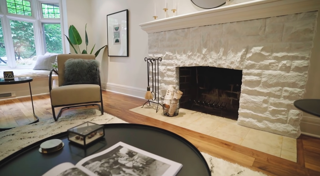 26 Interior Design Photos vs. 44 Old Bridle Path, Toronto Luxury Home Tour