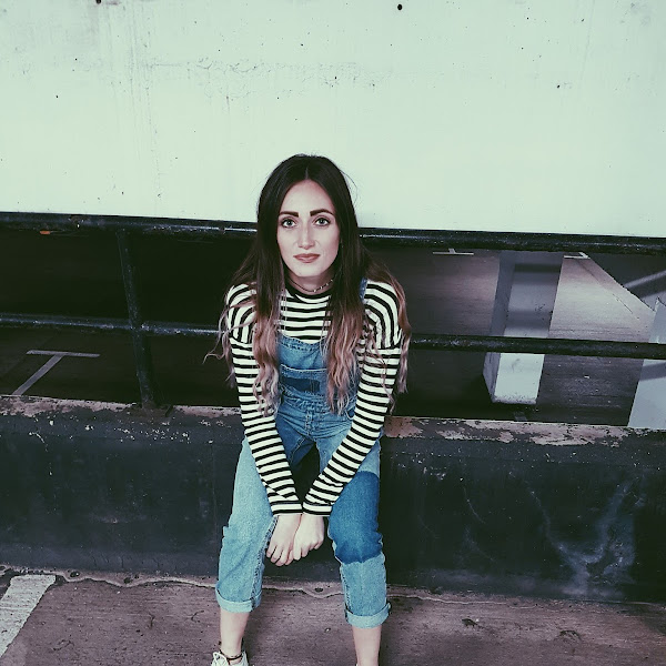 OOTD: Stripes + dungarees = convict