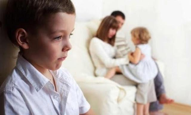 مرض التوحد اعراضه وعلاجه