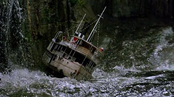 Trouble for the boat in Fitzcarraldo, directed by Werner Herzog