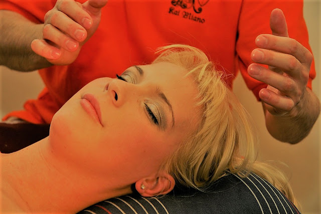 6 Face Massage Machine Benefits Everyone Should Know
