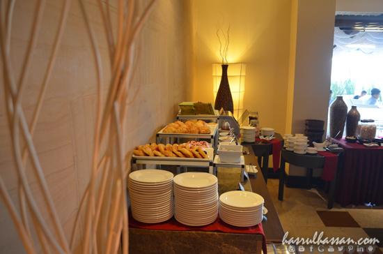 Review Hotel Aston Braga Bandung