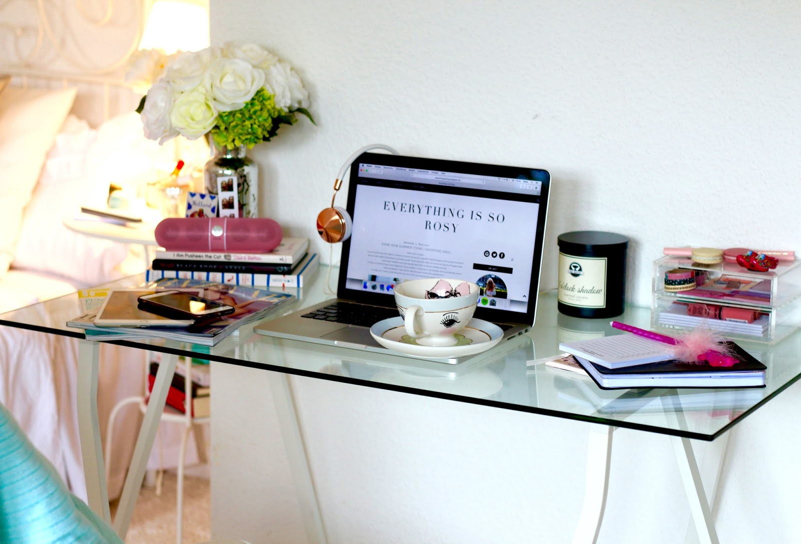 my new workspace monday musthave ema louise. Black Bedroom Furniture Sets. Home Design Ideas