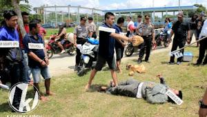 Polres Grobogan Gelar Rekonstruksi Kasus Penganiayaan Yang Terjadi Di Sekitar Bendung Klambu