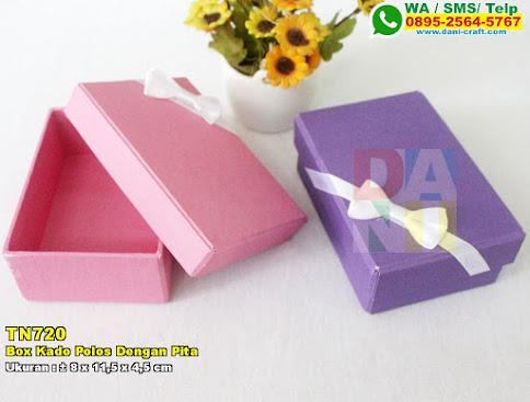 Box Kado Polos Dengan Pita