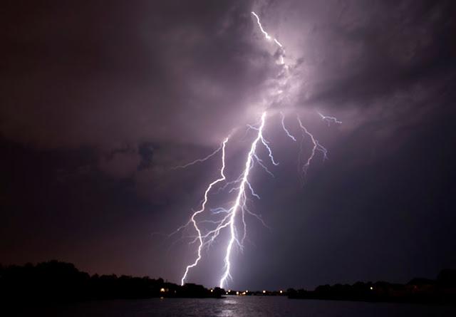 Καταιγίδες και ισχυρές βροχές και τις επόμενες ημέρες