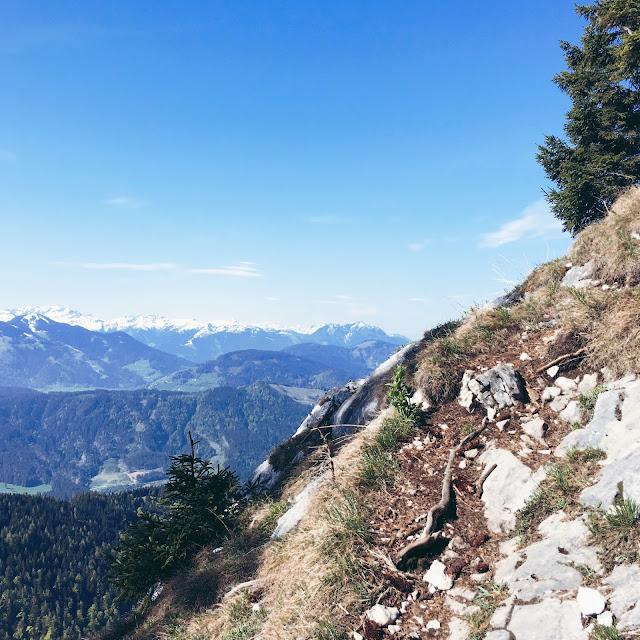 GrinseStern, mentalpower, pölven, bergliebe, berg, tirol, visittirol, lovetirol, gipfelstürmer, inntal