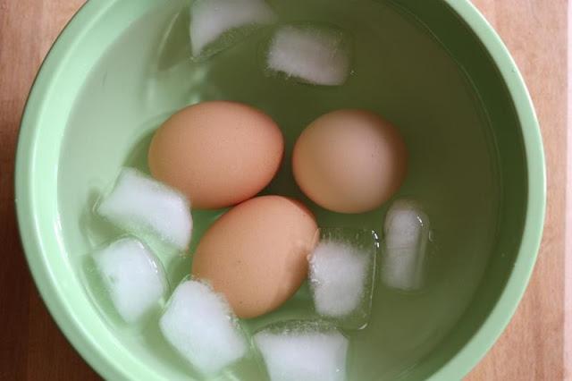 Como pelar huevos cocidos rápido. Trucos super fáciles.