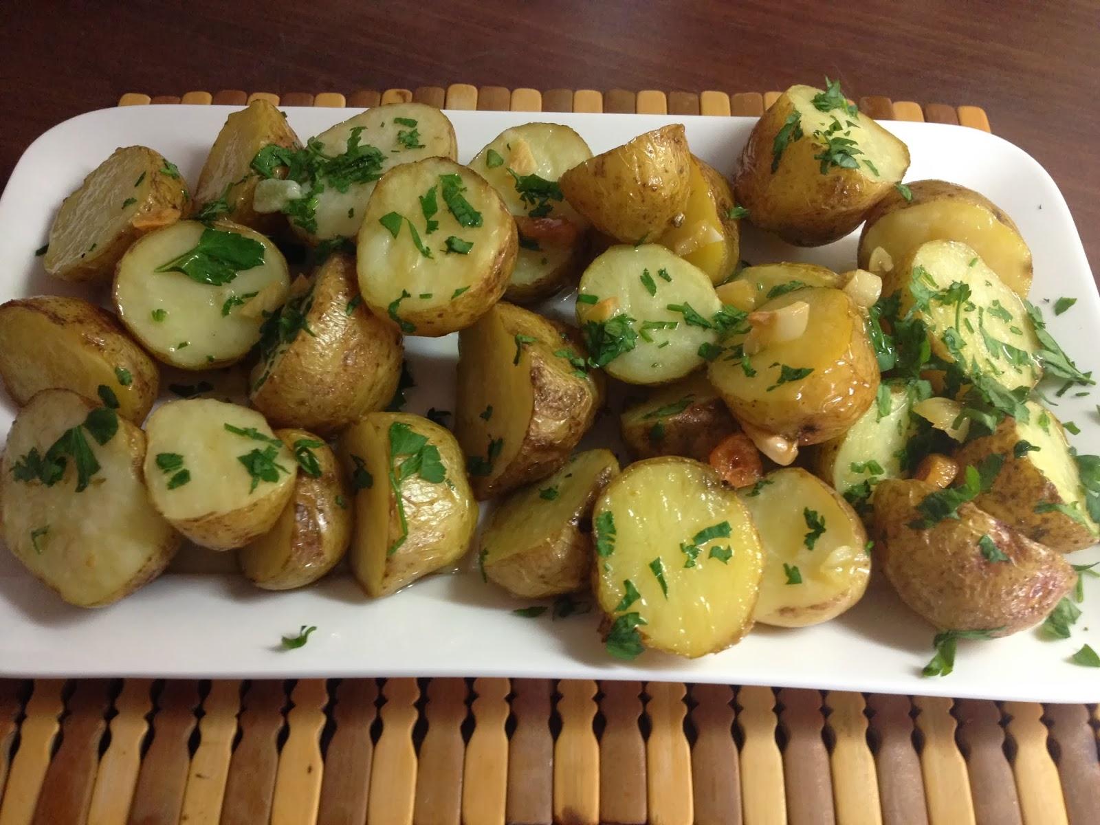9 recetas de patatas la taza de loza - Patatas pequenas al horno ...