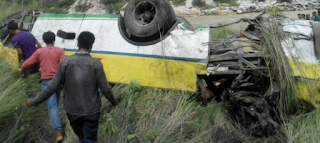 26-dead-as-bus-falls-down-into-gorge-in-hp