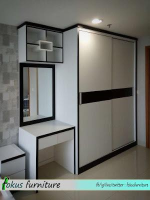 Lemari 2 pintu geser besar apartemen