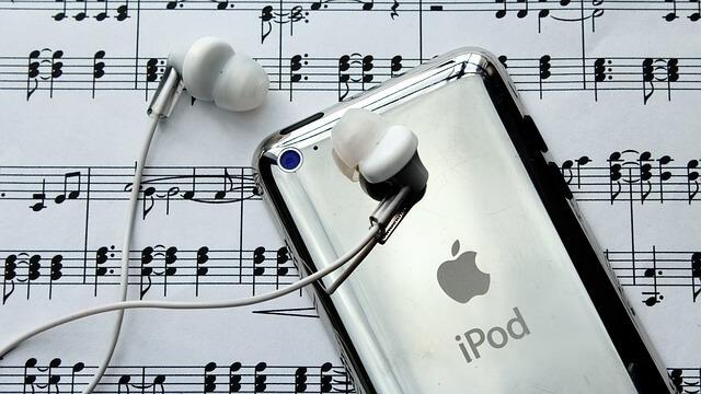 Best Wireless stereo Bluetooth headphones with Ear Hooks
