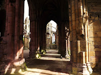 Melrose Abbey, Scottish Borders,Religious Buildings,  Heart of Robert the Bruce Melrose Abbey, Northumbrian Images Blogspot