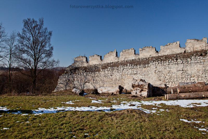 Szydłów, mury obronne, świętokrzyskie