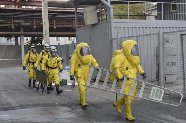 Em toda a Rússia, 40 milhões de civis e militares acabaram de fazer exercícios de emergência destinados a preparar a população em geral para ataques nucleares ou de armas químicas, The Wall Street Journal relatou