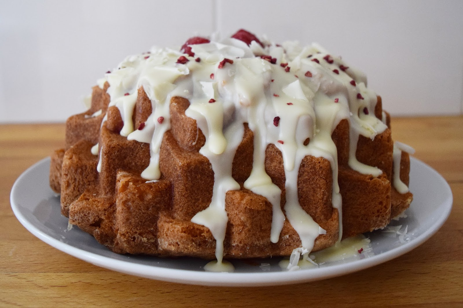 White Chocolate And Raspberry Bundt Cake Uk