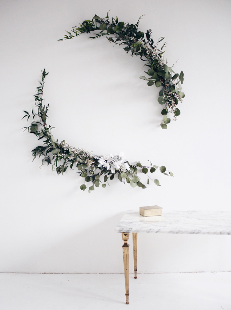 Asymmetrical wreath via Anastasia Benko