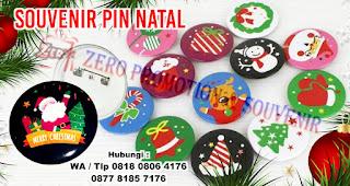 Pin dan Gantungan Kunci Untuk Souvenir Natal