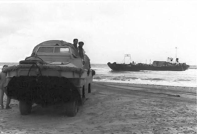 Anfibio para el embarque y desembarque de reclutas y soldados.