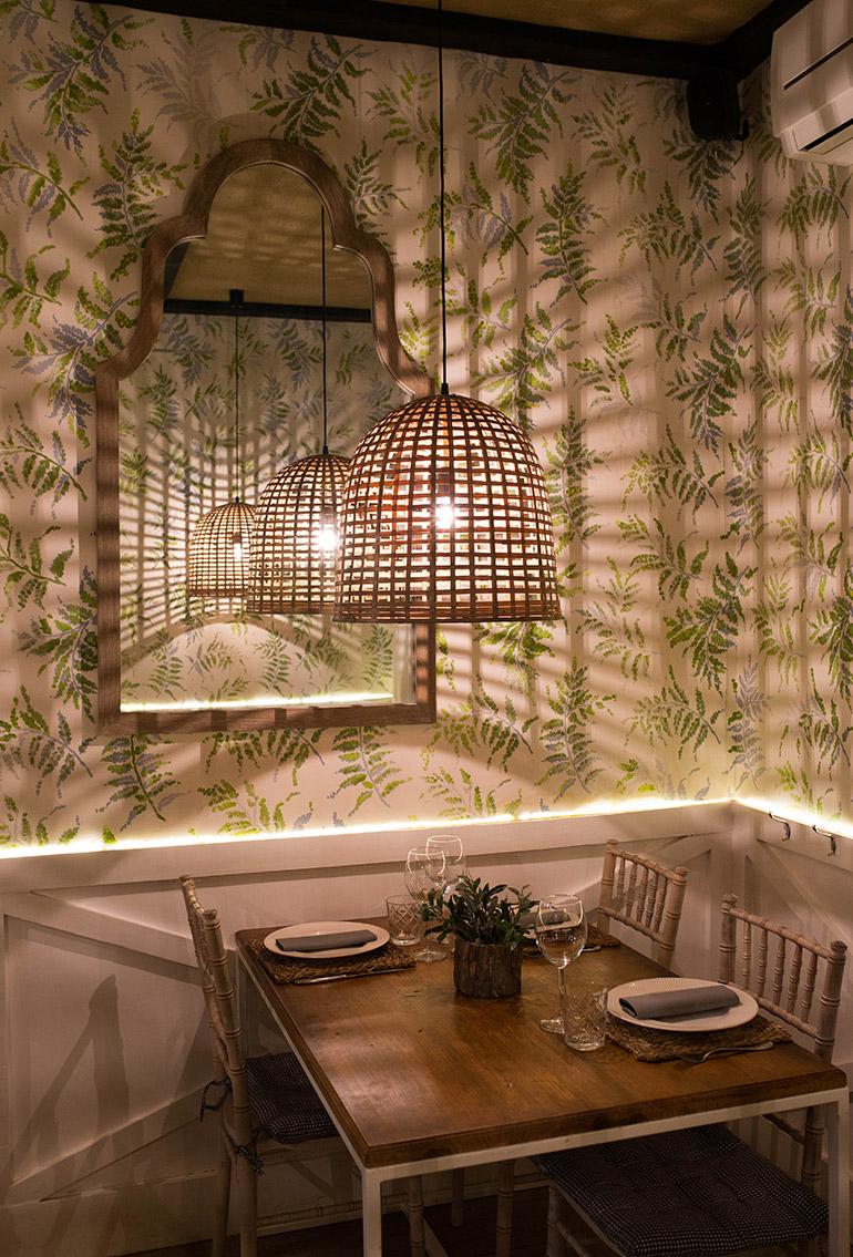 donde-monica-madrid-restaurante-mesa