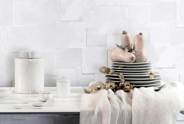Carta da parati che riproduce le piastrelle in 3D è ideale per cucina e bagno