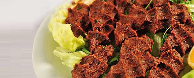 çiğ köfte tabağı