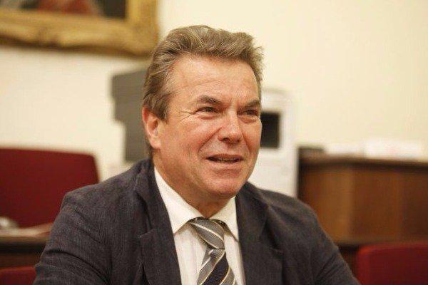 Πετρόπουλος: Πολύ καλή πλέον η οικονομική κατάσταση του ΕΟΠΥΥ