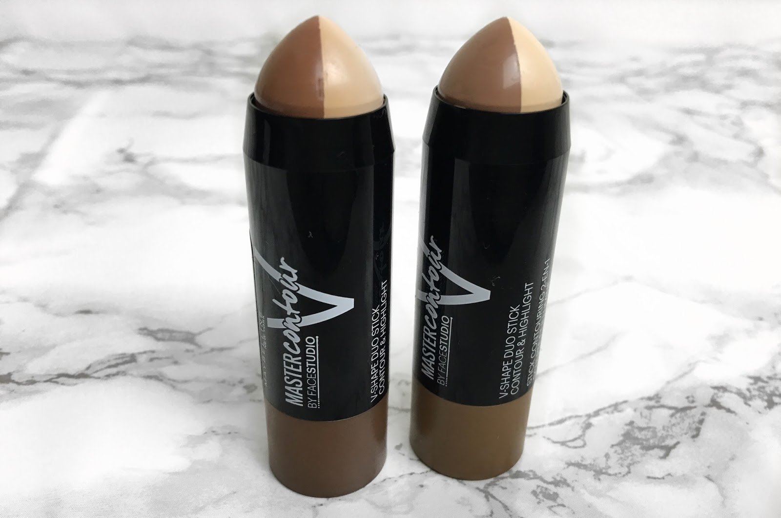 Maybelline Master Contour Sticks Oh Its Sare Face Studio V Shape Powder 01 Light Med It Comes In Two Different Colours And 02 Medium Retails At A Price Of 699