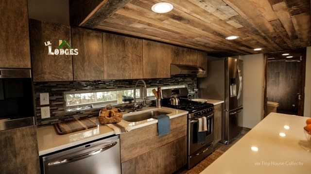 02-Kitchen-LiL-Lodge-Tiny-Home-with-Great-Design-Features-www-designstack-co