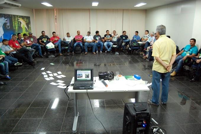 Técnicos participam de capacitação sobre regularização de unidades de produção