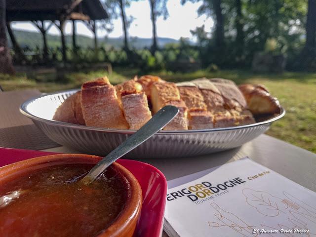 Desayuno en el Auberge de Castel Merle - Francia por El Guisante Verde Project