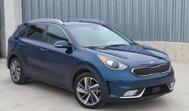 2017 Kia Niro Review