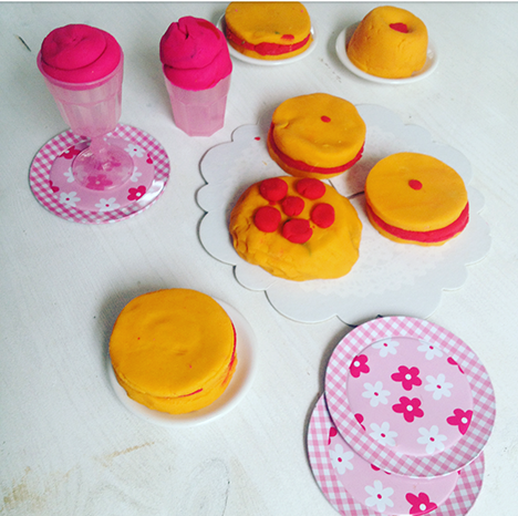 Knetmasse selber machen_My Kitchen Logbook by Marlene Grünzweil