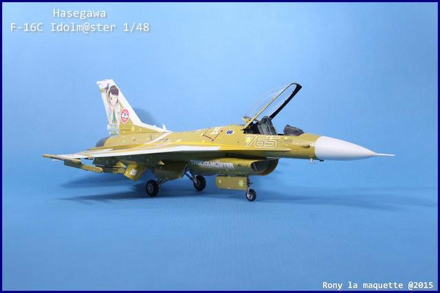 Maquette du F-16C Idolmaster au 1/48.