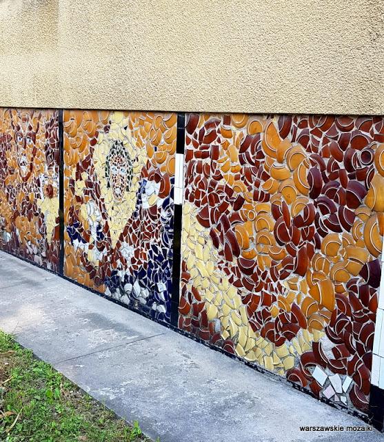Warszawa Warsaw Mozaika mosaic tłuczone talerze lata 60. architektura Grochów Praga Południe