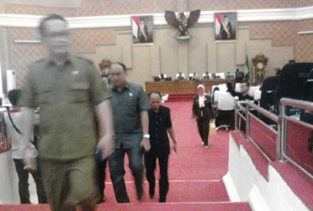 Anggota DPRD Kota Jambi yang walk out.