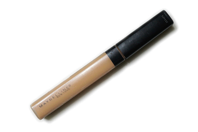 Maybelline Fit Me Concealer in 20 Sand Sable