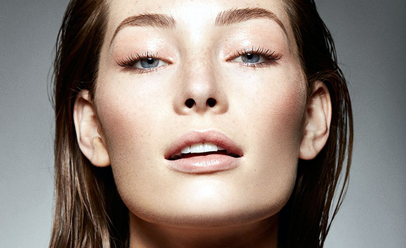 9 Best Ways To Achieve Naturally Glowing Skin In The Dead Of Winter