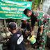 Mengajak Untuk Hidup Sehat, TNI Di Tuban Bangun Jamban Buat Warga Desa