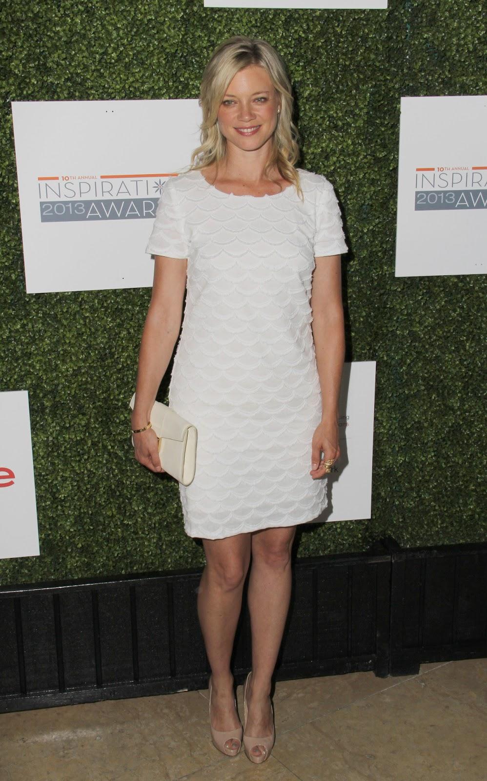 Celebrity Feet Close-up: Amy Smart Feet