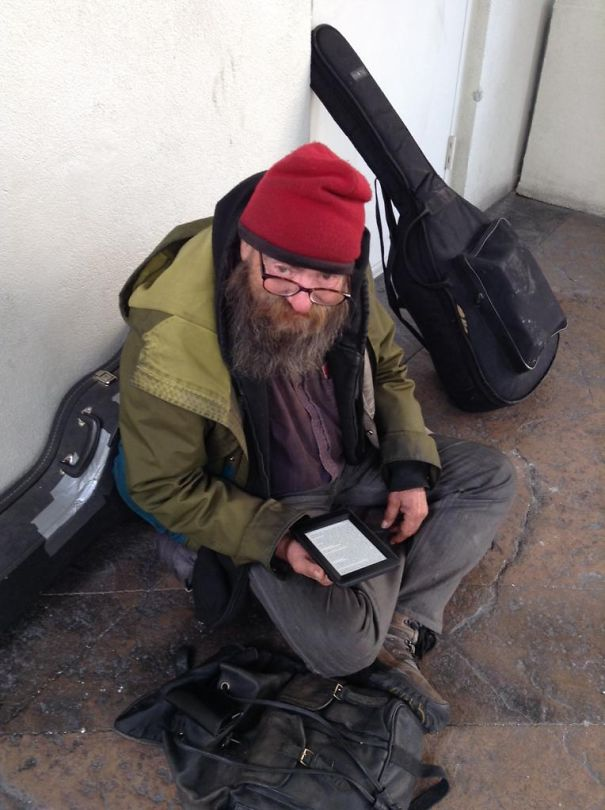 This homeless man was seen reading the same book over and over, so a kind man gave him a kindle.