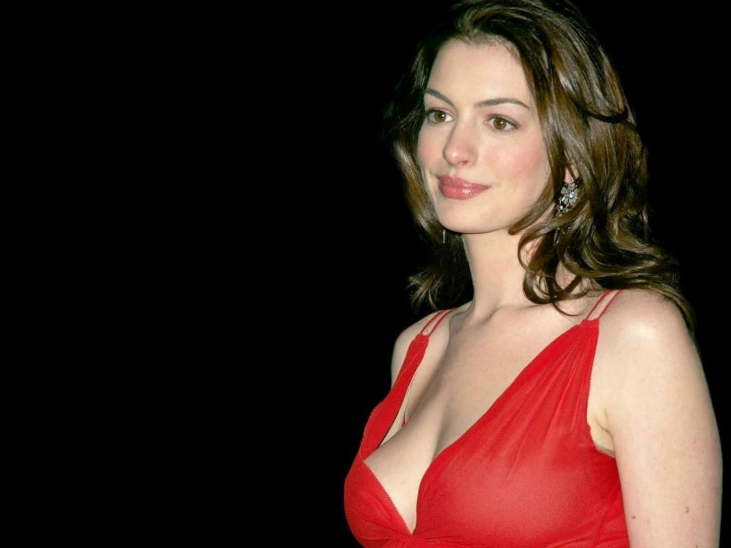 anne hathaway wallpapers 2012 latest anne hathaway hot. Black Bedroom Furniture Sets. Home Design Ideas