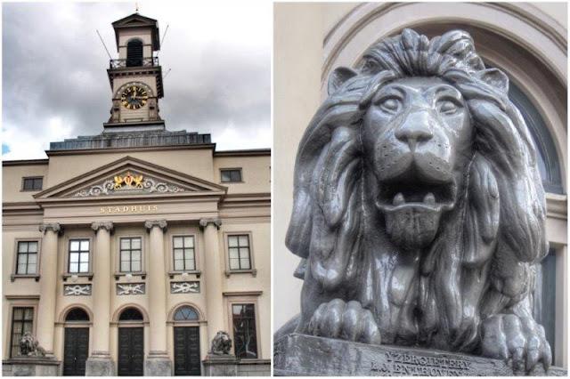 Antiguo Ayuntamiento Stadhuis en Dordrecht – Estatua león