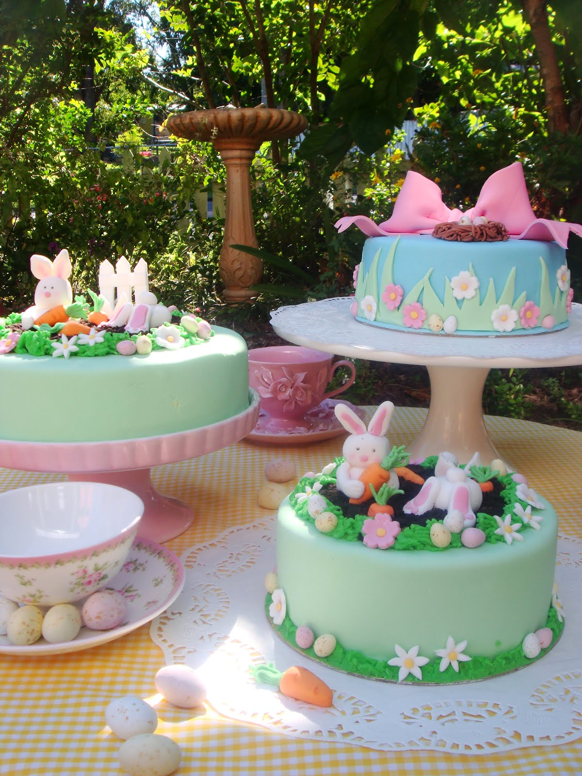 Easter Cakes Pictures